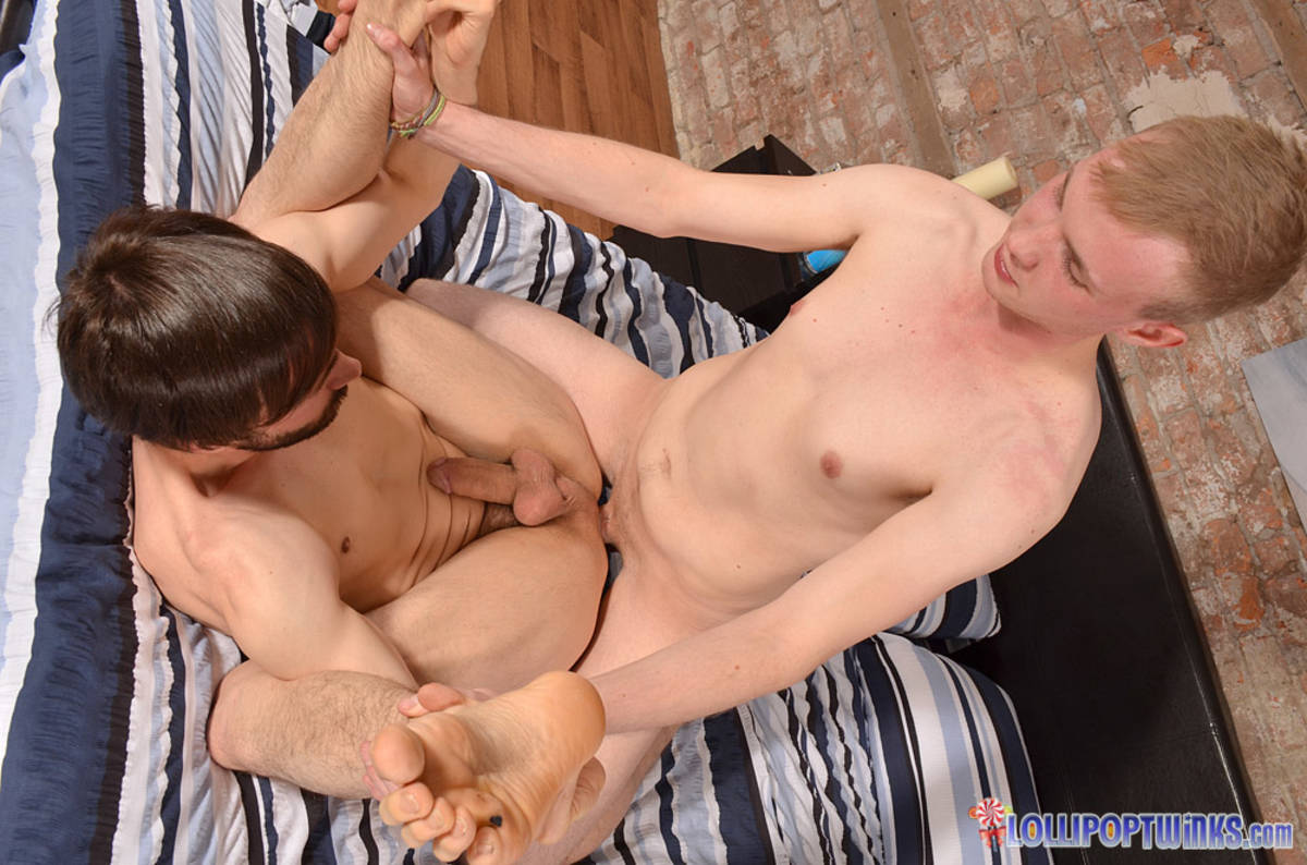 Sensual Sex for a New Guy - Ryan Cayman and Ryan Mason