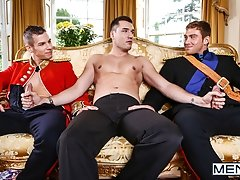 A Royal Fuckfest Part 3 - Paul Walker, Connor Maguire and Theo Ford - Men of UK
